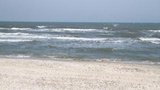 Mult soare și temperaturi de până la 18 grade C, la malul Mării Negre!