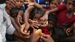 Navă a Crucii Roșii, atacată în Myanmar. Motivul este incredibil