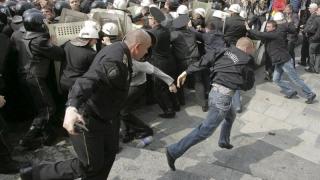 Noi manifestaţii la Chişinău, pentru alegeri parlamentare anticipate