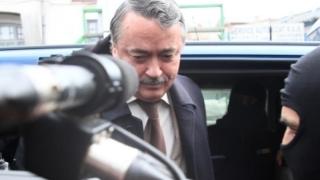 Nu poate justifica un milion de euro! Vezi despre ce director este vorba!