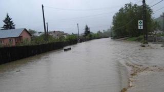 Cod portocaliu de inundaţii pe râuri din Constanţa