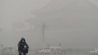Beijingul a fost acoperit cu un strat dens de poluare