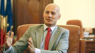 Olteanu, acuzat că a luat 1.000.000 de euro de la Vîntu! Miza - guvernatorul Deltei!