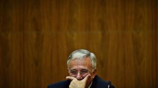 Colțul Troll-ului - Dosarul creditului de la FMI, clasat pe repede-nainte