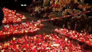4 luni de la tragedia din Colectiv! Mărțișoare, flori și lumânări...