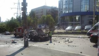 O mașină a explodat la Kiev. Un militar și-a pierdut viața