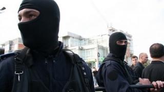 Sute de polițiști, implicați în combaterea criminalității organizate