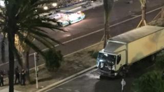 Comemorare: Un an de la sângerosul atentat de la Nisa, Franța