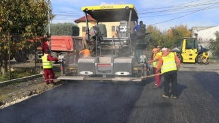 Lucrări de asfaltare în cartierul Compozitorilor din Constanța
