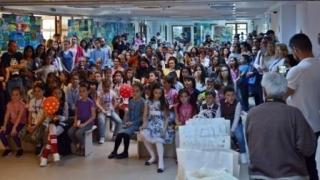 """Elevii, invitați la Concursul Naţional de Creație Plastică """"Arta - între Talent și Dăruire""""!"""