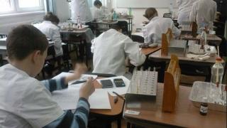 143 de chimiști, în competiție națională la Constanța
