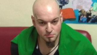 Neonazist condamnat pentru că a atacat şi a rănit şase persoane cu o armă de foc