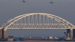 Conflict Rusia - Ucraina în Marea Neagră. LEGEA MARŢIALĂ, instituită în Ucraina