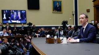 Ce dezvăluie notițele lui Zuckerberg, fotografiate de un reporter la audierea din Congres