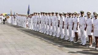 Constanţa: 16 elevi ai Colegiului Militar