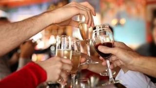 Atenție la consumul de alcool în timpul Sărbătorilor. Moderație...