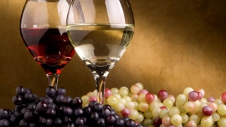 Viticultorii români vor ca în şcoală să se predea cursuri privind consumul de vin cu moderaţie