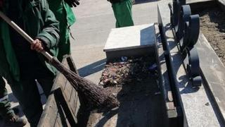 Continuă acțiunile de salubrizare stradală în Constanța!