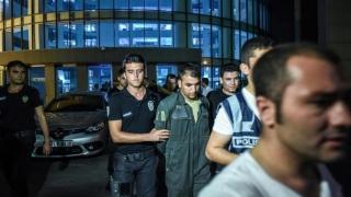 Continuă arestările în Turcia!