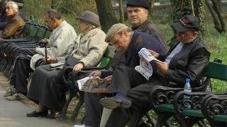 Aproximativ 500.000 de pensionari, scutiți de contribuții la asigurările de sănătate