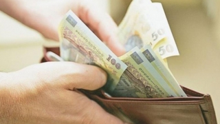 Transferul contribuţiilor sociale de la angajator la angajat, aprobat de Senat
