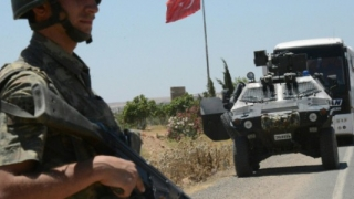Rebelii ajutați de Turcia au preluat controlul a două sate de la forțele susținute de kurzi