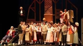 """O nuntă de pomină la Teatrul """"Oleg Danovski"""""""