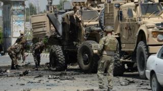 Atac sinucigaș cu bombă împotriva unui convoi NATO, în Kandahar