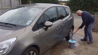 Opel este... curat