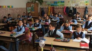 100.000 de elevi riscă să pice la Evaluarea Națională
