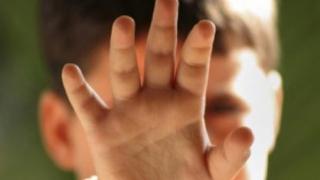 Avocatul Poporului va ancheta situația copiilor abuzați sexual în România