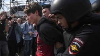 Copil arestat la o manifestație anti-Putin