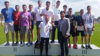 """Opt medalii pentru studenţii Universității """"Ovidius"""" la CN de atletism"""