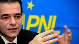 De ce s-a străduit Orban să ne convingă că Iohannis nu conduce PNL?