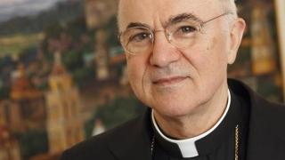 """""""Corupţia a atins vârful ierarhiei Bisericii""""! Vaticanul nu comentează!"""