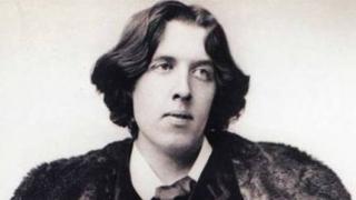 Oscar Wilde, omagiat la închisoare