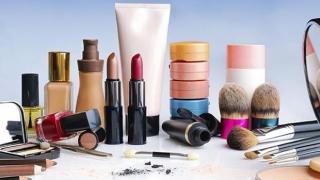 Cosmeticele care ne pot îmbolnăvi. În unele țări au fost deja interzise!