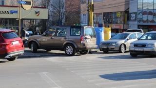 Cine a spus că trecerile de pietoni nu pot caza mașini?