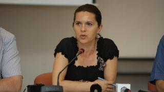 """""""Parlamentarii PNL cu mai multe mandate trebuie să facă un pas în lateral"""""""