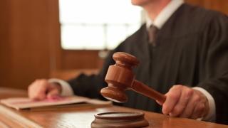 Peste 100 de judecători militari, concediați în Turcia