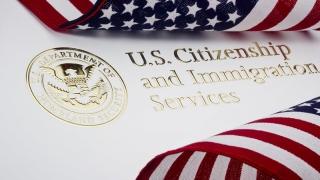 Peste 800 de imigranţi au primit cetăţenie americană, din greșeală!