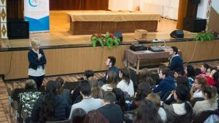 """Peste o mie de elevi, de vorbă cu """"meseriași"""" de valoare ai Constanței"""