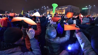Politicienii de dreapta ies în stradă alături de #rezist. S-o lipi guvernarea de ei?!