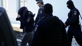 Polițiști din Suceava, arestați pentru luare de mită