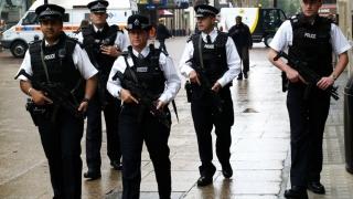 Polițiştii britanici vor fi înarmaţi!