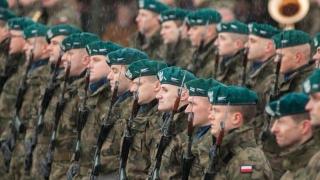 Polonia va da mai mulţi bani pentru Apărare și va avea mai mulţi soldaţi