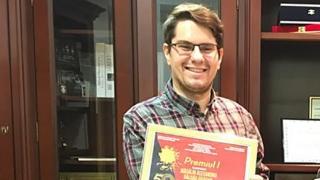 """Premiul I la """"Crizantema de Aur"""" 2017 pentru un absolvent al UOC"""