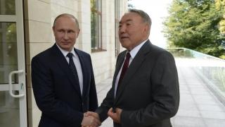 Președintele rus, Vladimir Putin, în inspecţie în Asia Centrală