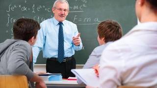 Profesorii ar putea ieși mai devreme la pensie. Care sunt condițiile