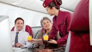 Profilul ideal al însoțitorului de bord, în viziunea companiilor aeriene